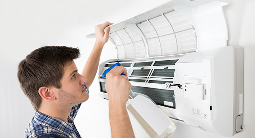 Hiring Air Conditioning Services for Residences